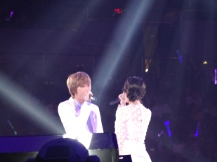 IU's special stage with TEENTOP's Niel